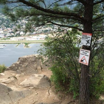 "New ""Climbers Below"" Signs for Nelson & Creston"