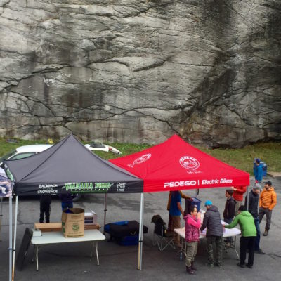 Competitors arrive for the bouldering competition